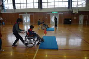 上野目小学校5・6年生『福祉体験...